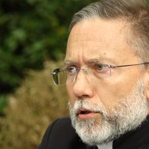 Un prêtre exorciste répond à vos questions sur la vie après la mort !