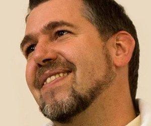 Après une expérience de mort imminente, il devient prêtre ! (podcast)