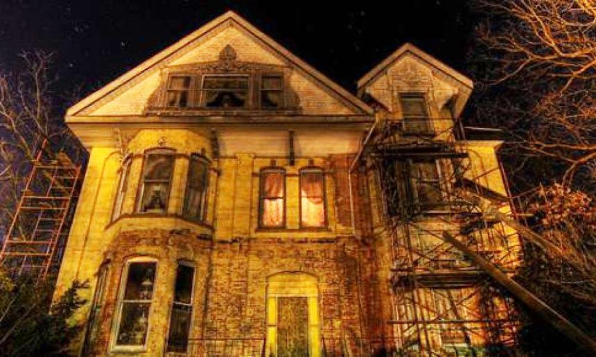 Maisons hantées, fantômes, vampires : de simples légendes ?